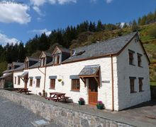 Snaptrip - Holiday cottages - Captivating Betws Y Coed Cottage S57985 - Beautiful Betws y Coed self catering cottage with stunning views