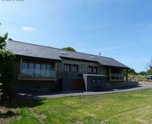Snaptrip - Last minute cottages - Luxury Barry Cottage S58012 - 5 star Barry Holiday Cottage