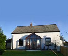 Snaptrip - Last minute cottages - Adorable Trefin Cottage S57834 - Bwthyn Penparc near Trefin, St Davids, Pembrokeshire