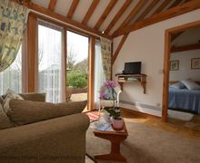 Snaptrip - Last minute cottages - Superb Bexhill Cottage S60788 -