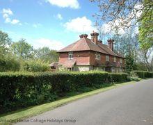 Snaptrip - Last minute cottages - Splendid Haywards Heath Cottage S60747 - SHeriff Cottage - Highbrook, Horsted Keynes, West Sussex