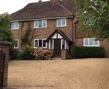 Snaptrip - Last minute cottages - Splendid Sharpthorne Cottage S60742 - Saxons - Sharpethorne, East Sussex
