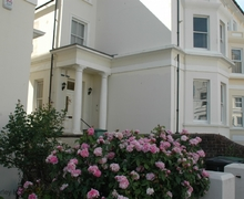 Snaptrip - Last minute cottages - Stunning Eastbourne Cottage S60683 - Keesha House - Eastbourne, East Sussex