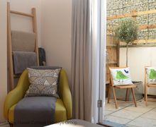 Snaptrip - Last minute cottages - Luxury Rye Cottage S81177 -