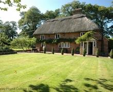 Snaptrip - Last minute cottages - Charming Battle Cottage S60790 -
