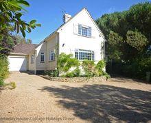 Snaptrip - Last minute cottages - Excellent Pulborough Cottage S60667 - Echo House - Mare Hill, Pulborough, West Sussex