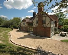 Snaptrip - Last minute cottages - Superb Haywards Heath Cottage S60712 - Mount Noddy - Danehill, East Sussex