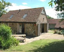 Snaptrip - Last minute cottages - Inviting Mid Sussex Cottage S60729 - Quail Cottage - Cuckfield, West Sussex