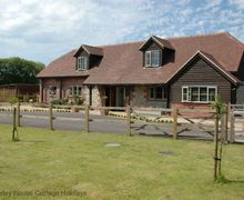 Snaptrip - Last minute cottages - Captivating Chichester Cottage S60724 - Pheasant Cottage - Itchenor, West Sussex