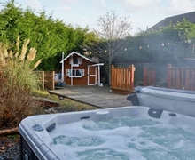 Snaptrip - Last minute cottages - Superb Ulverston And Lakeland Peninsula Cottage S18702 -