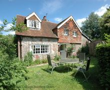 Snaptrip - Last minute cottages - Stunning Barcombe Cottage S60796 - Vane Cottage - Ringmer, East Sussex