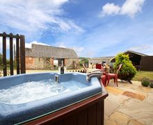 Snaptrip - Last minute cottages - Lovely Niton Cottage S50811 -