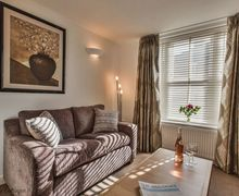 Snaptrip - Last minute cottages - Luxury Winchester Cottage S50796 -