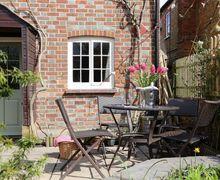 Snaptrip - Last minute cottages - Delightful Watlington Cottage S51160 -