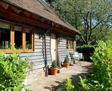 Snaptrip - Last minute cottages - Tasteful Stowting Common Cottage S70450 -