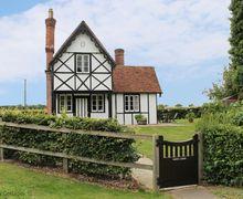 Snaptrip - Last minute cottages - Wonderful Braintree Cottage S50881 -