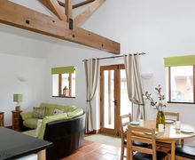 Snaptrip - Last minute cottages - Attractive Folkestone Cottage S73866 -