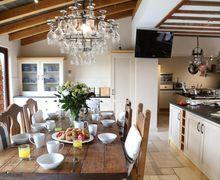 Snaptrip - Last minute cottages - Luxury Bristol Cottage S51037 -