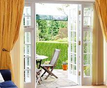 Snaptrip - Last minute cottages - Captivating Crowborough Cottage S83321 -