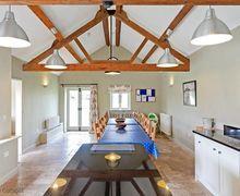 Snaptrip - Last minute cottages - Delightful Chimney Cottage S78944 -