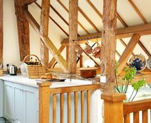 Snaptrip - Last minute cottages - Captivating Nutley Cottage S50856 -