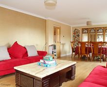 Snaptrip - Last minute cottages - Excellent Stratford Upon Avon Cottage S78403 -