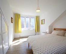 Snaptrip - Last minute cottages - Captivating Winchester Cottage S51094 -