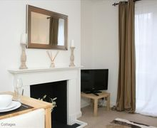 Snaptrip - Last minute cottages - Adorable Tunbridge Wells Cottage S50847 - The apartment has been thoughtfully designed