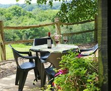 Snaptrip - Last minute cottages - Captivating Boarshead Cottage S50735 -