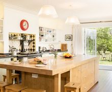 Snaptrip - Last minute cottages - Lovely Plumpton Cottage S51120 -