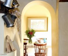 Snaptrip - Last minute cottages - Stunning Appledore Cottage S71416 -
