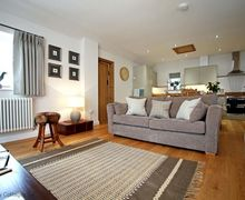 Snaptrip - Last minute cottages - Exquisite Kingham Cottage S50733 -