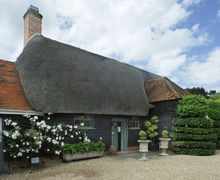 Snaptrip - Last minute cottages - Lovely East Tytherley Cottage S51005 -