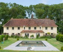 Snaptrip - Last minute cottages - Wonderful Plumpton Cottage S51122 -