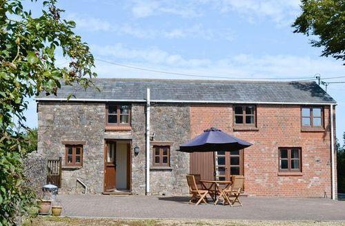 Snaptrip - Last minute cottages - Splendid Tiverton Cottage S18826 -