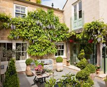 Snaptrip - Last minute cottages - Charming Chipping Campden Cottage S59392 -
