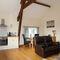 Snaptrip - Last minute cottages - Beautiful Burlton Apartment S74035 -