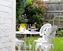 Snaptrip - Last minute cottages - Adorable Whitstable Cottage S81264 -