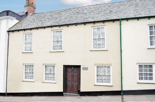 Snaptrip - Last minute cottages - Wonderful Barnstaple Cottage S18861 -