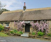 Snaptrip - Last minute cottages - Attractive Belstone Cottage S33949 -