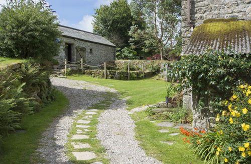 Superb Sampford Spiney Cottage S33956