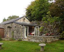 Snaptrip - Last minute cottages - Exquisite Dousland Cottage S34034 -