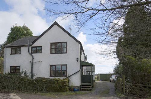 Beautiful Postbridge Cottage S34049