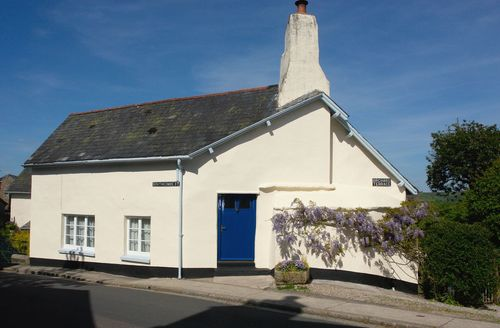 Captivating Chagford Cottage S34057