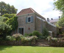 Snaptrip - Last minute cottages - Stunning Edington Cottage S34107 -