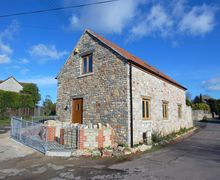 Snaptrip - Last minute cottages - Cosy Wookey Cottage S34116 -