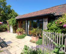 Snaptrip - Last minute cottages - Gorgeous Staple Fitzpaine Cottage S34130 -