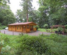 Snaptrip - Last minute cottages - Quaint Wiveliscombe Lodge S34138 -
