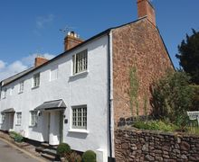 Snaptrip - Last minute cottages - Cosy Dunster Cottage S34159 -