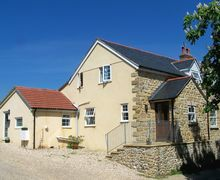 Snaptrip - Last minute cottages - Cosy Chideock Cottage S34246 -